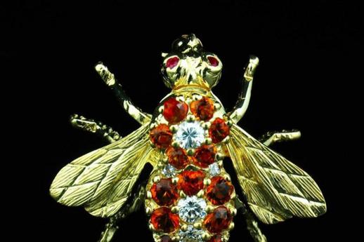 Брошь в виде пчелы из алмазов и желтого золота. Herbert rosenthal. Около 1960-1980 гг.